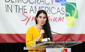 Yoani Sánchez ciberpolicía
