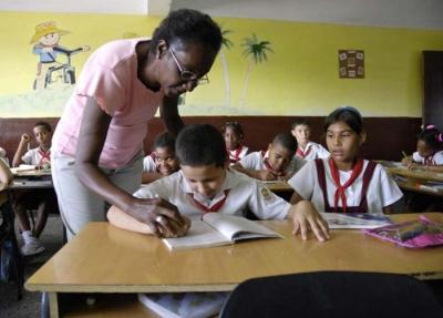 Ministra: Nuevo curso escolar con mayor cobertura docente